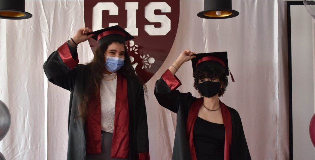 Congratulations once again Salma and Rawdha! 🥳🥳🥳🥳🎉 It's been quite the ride! We look forward to seeing great achievements in the future.
